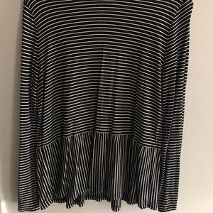 Old Navy Relax Peplum stripped top